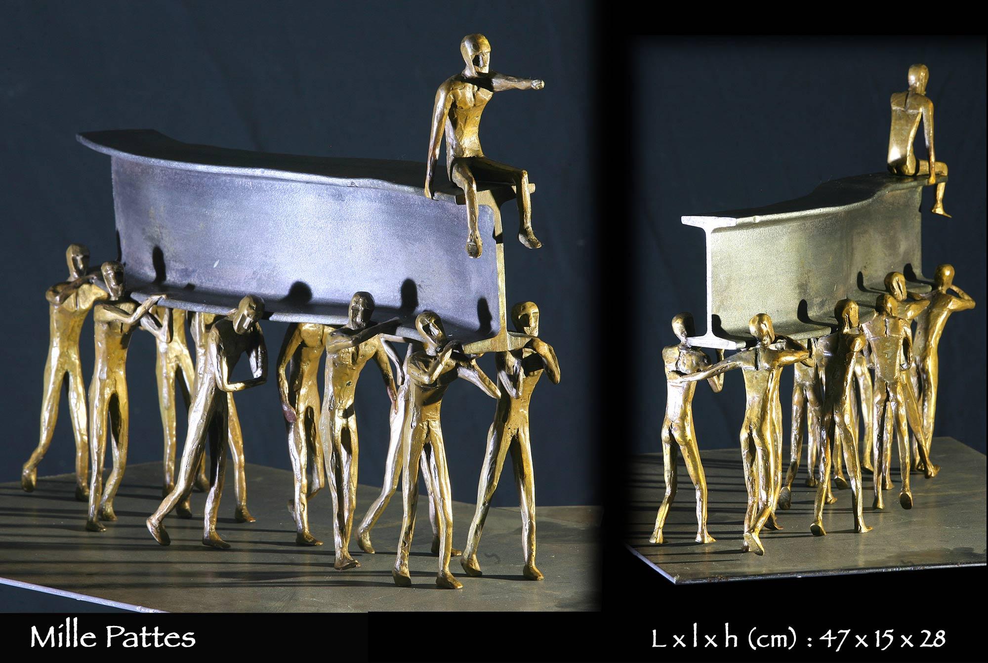 Mille pattes en bronze composé de personnages soutenant un IPN